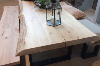 Tisch und Bank aus Pappel