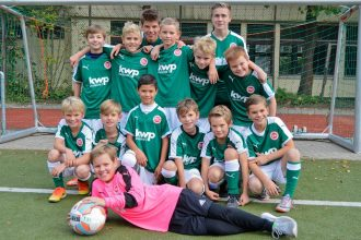 Fussballjungs TSC Wellingsbuettel in kwp Trikots
