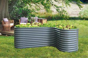 hochbeete sinnvoll oder sitzgelegenheit mit tomate kwp. Black Bedroom Furniture Sets. Home Design Ideas